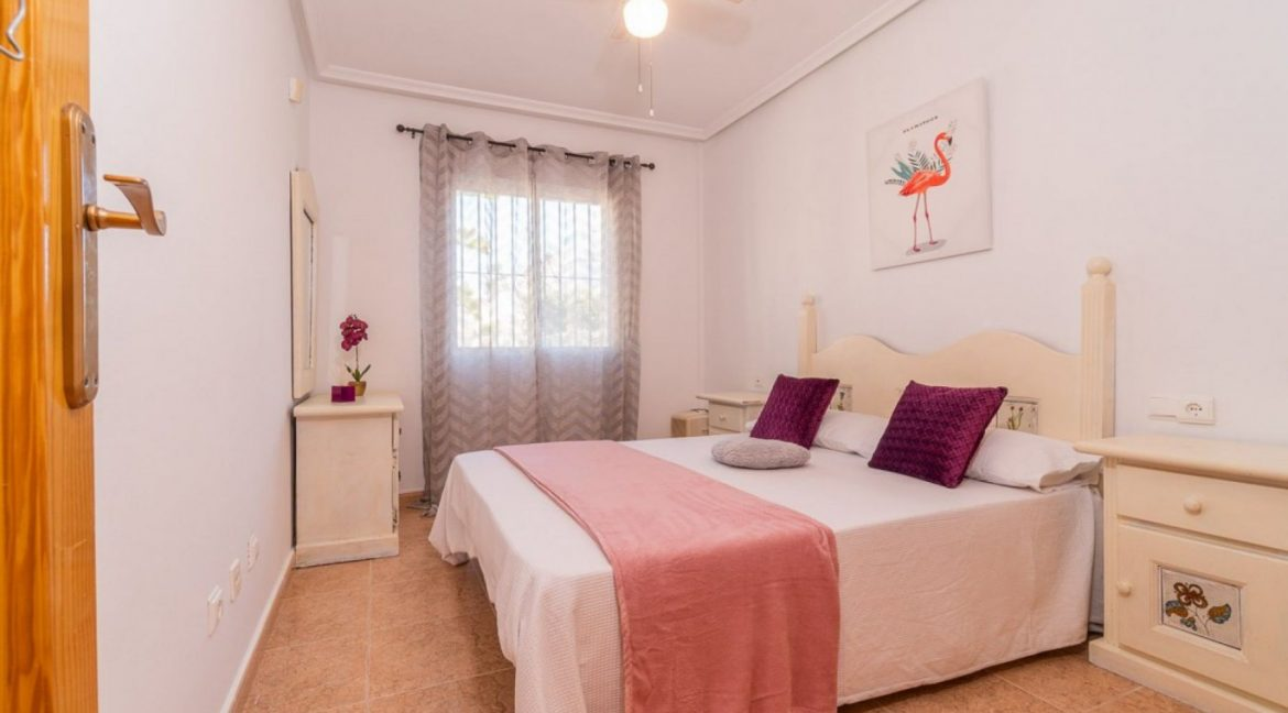 2 Bedrooms Bungalow For Sale Close to Zenia Boulevard and Flamenca Beach (6)