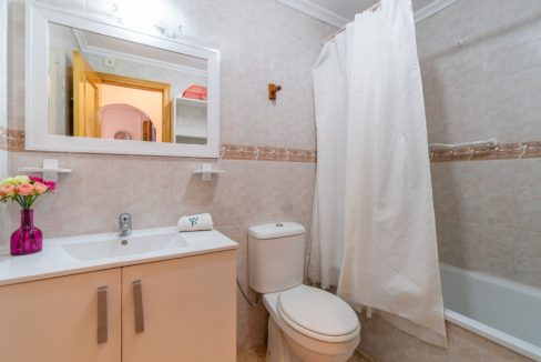2 Bedrooms Bungalow For Sale Close to Zenia Boulevard and Flamenca Beach (7)