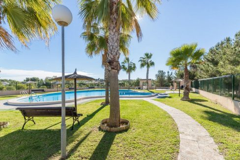 2 Bedrooms Bungalow in Orihuela Costa Close to Zenia Boulevard Shopping Center (18)