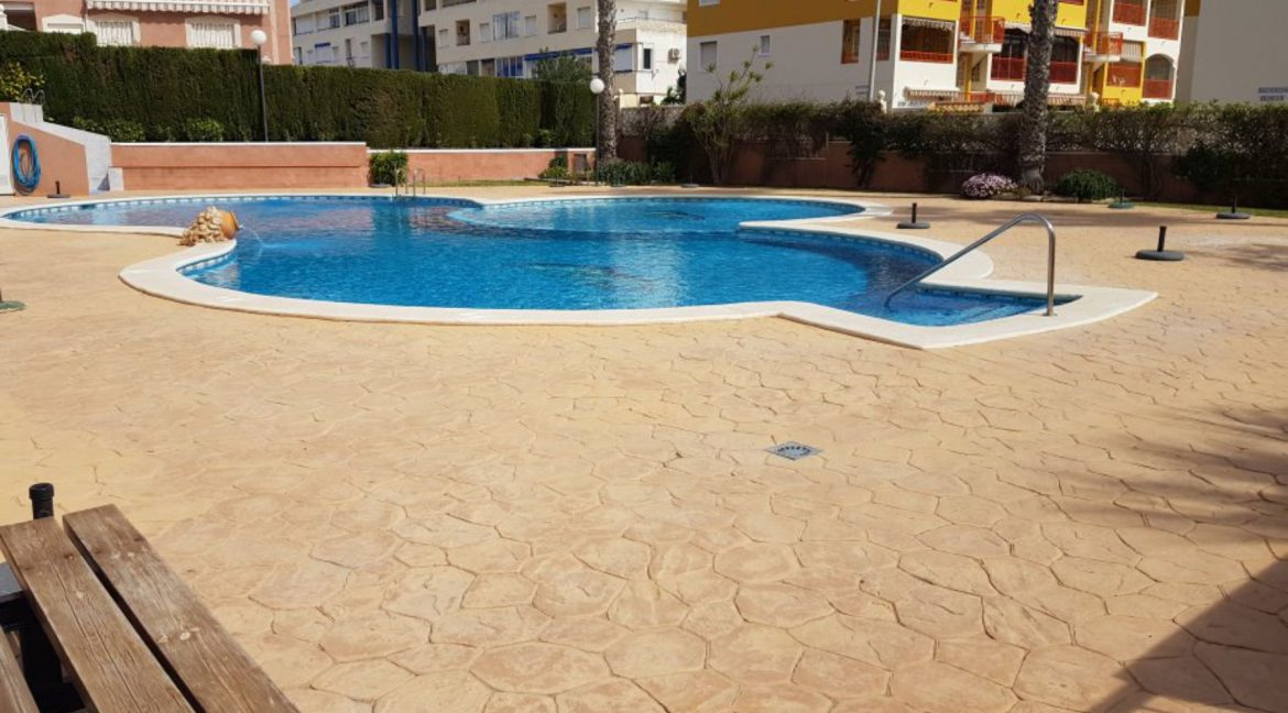 2 Bedrooms Ground Floor Bungalow For Sale Close To La Mata Beach (2)