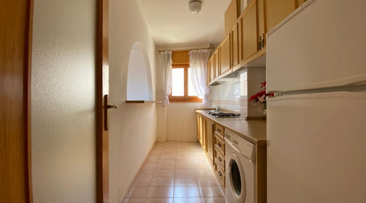 3 Bedrooms Apartment For Sale with Frontal Sea Views in Torrevieja (11)
