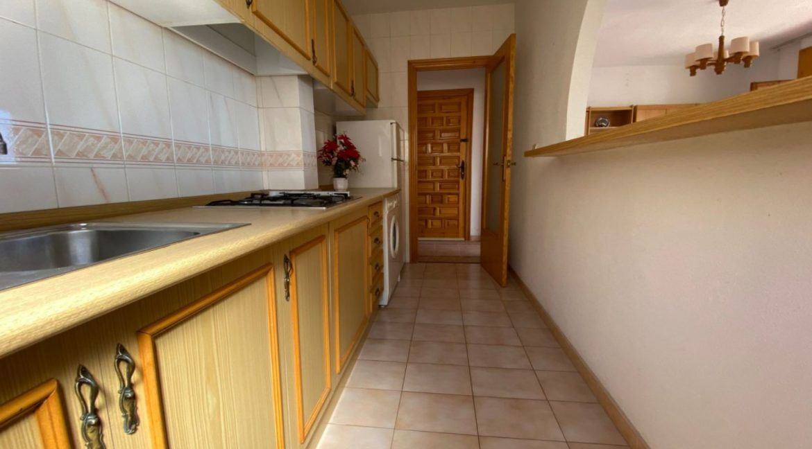 3 Bedrooms Apartment For Sale with Frontal Sea Views in Torrevieja (14)