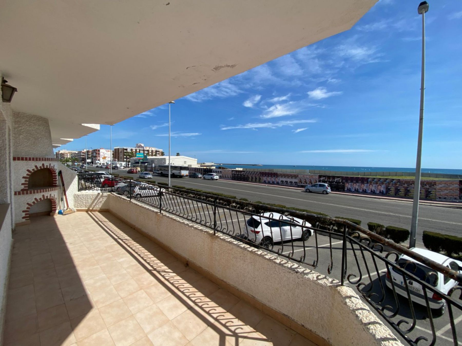 3 Bedrooms Apartment For Sale with Frontal Sea Views in Torrevieja
