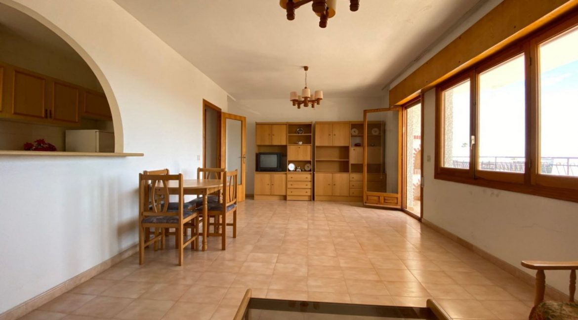 3 Bedrooms Apartment For Sale with Frontal Sea Views in Torrevieja (9)