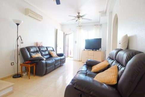 3 Bedrooms Townhouse For Sale in Sun Lake, Near Pink Lake (4)