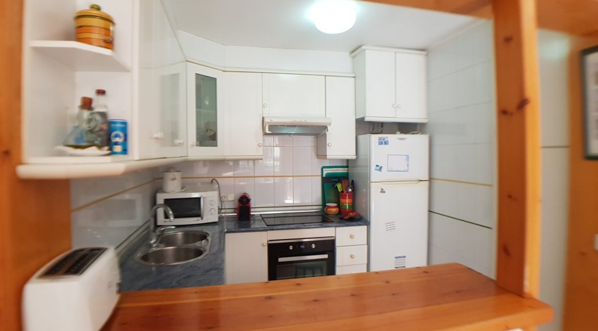 4 Bedrooms House For Sale in Torrevieja With Swimming Pool (11)