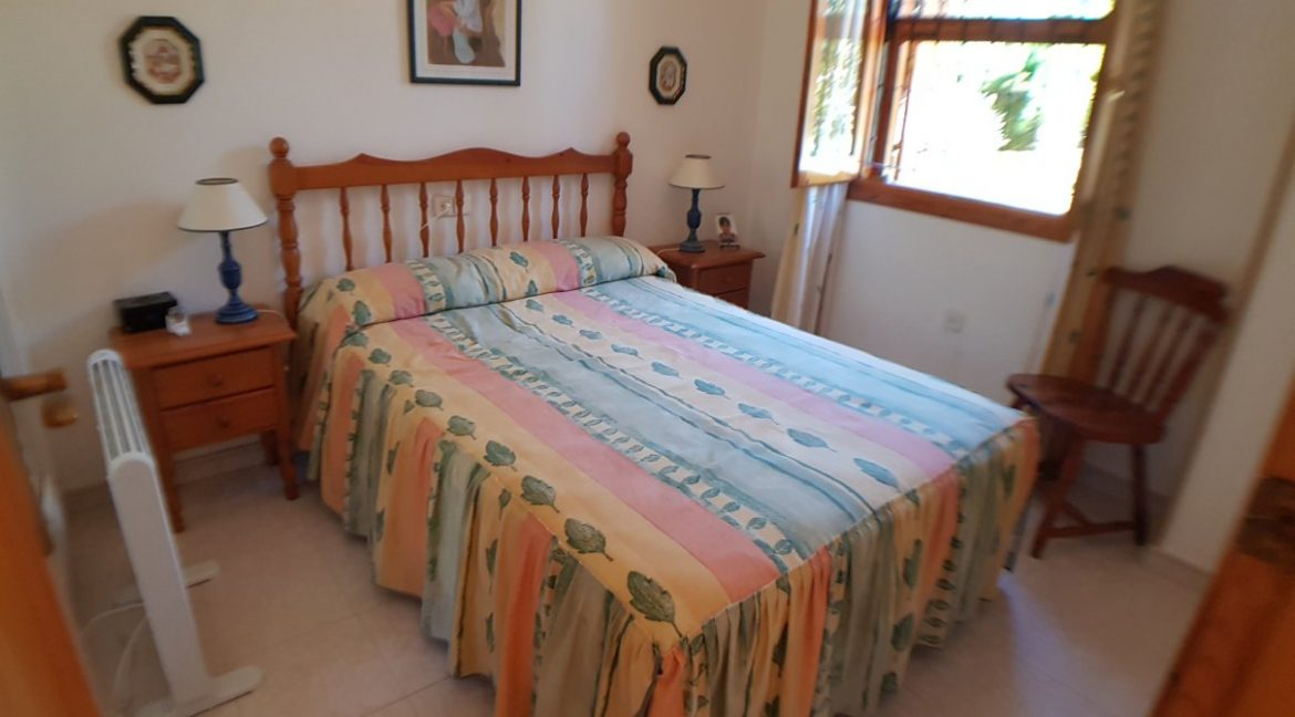 4 Bedrooms House For Sale in Torrevieja With Swimming Pool (12)