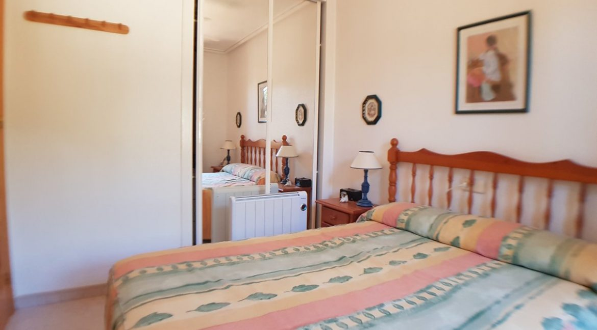 4 Bedrooms House For Sale in Torrevieja With Swimming Pool (13)