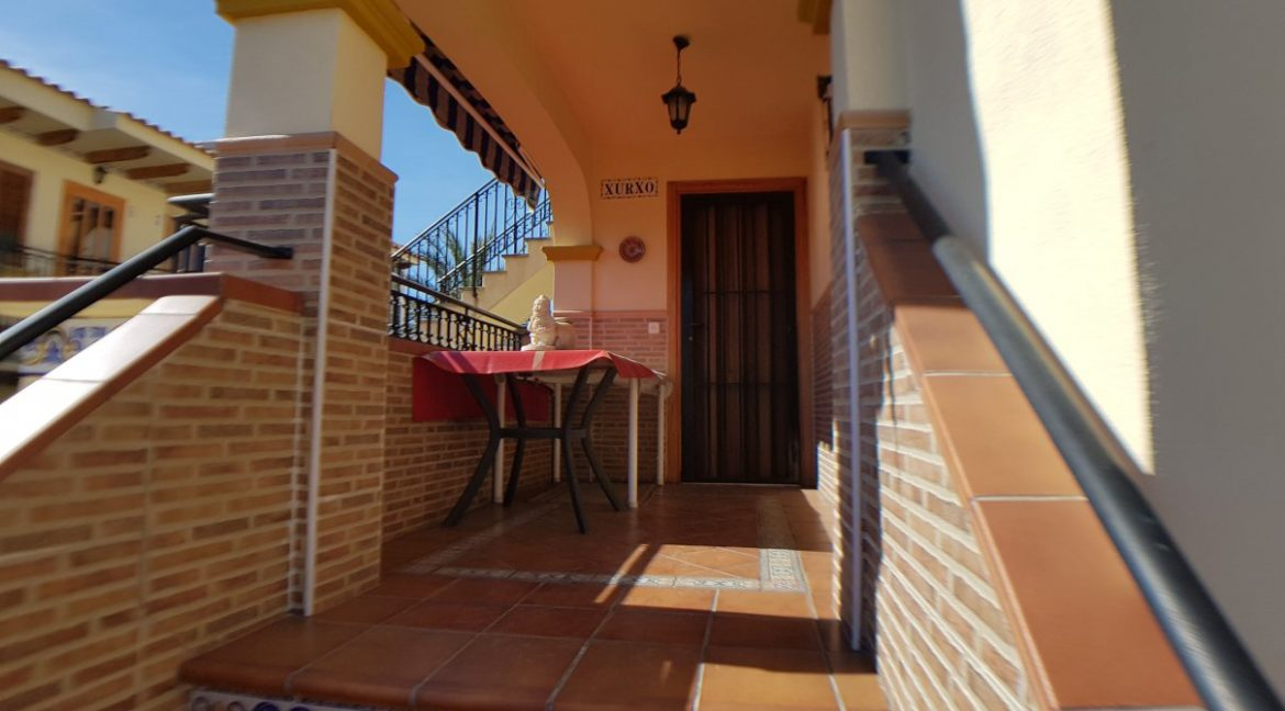 4 Bedrooms House For Sale in Torrevieja With Swimming Pool (9)