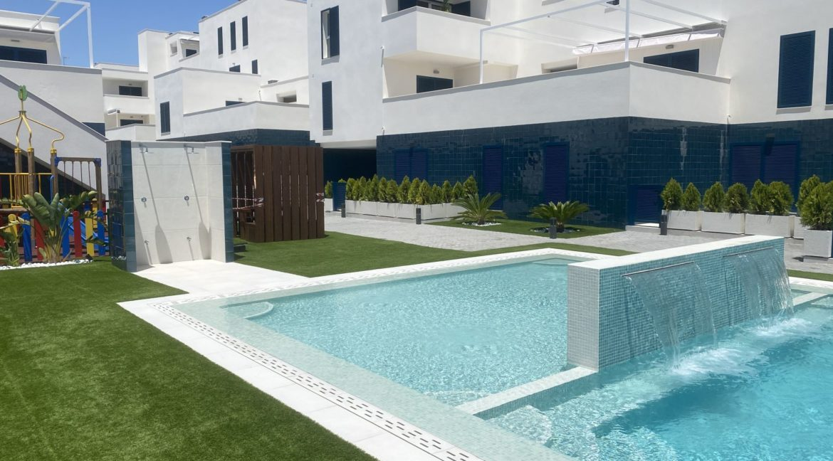 New Build 2 and 3 Bedrooms Apartments Close to la Zenia Boulevard in Playa Flamenca (11)
