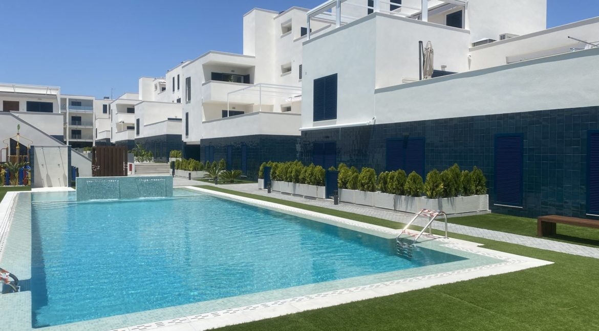 New Build 2 and 3 Bedrooms Apartments Close to la Zenia Boulevard in Playa Flamenca (9)