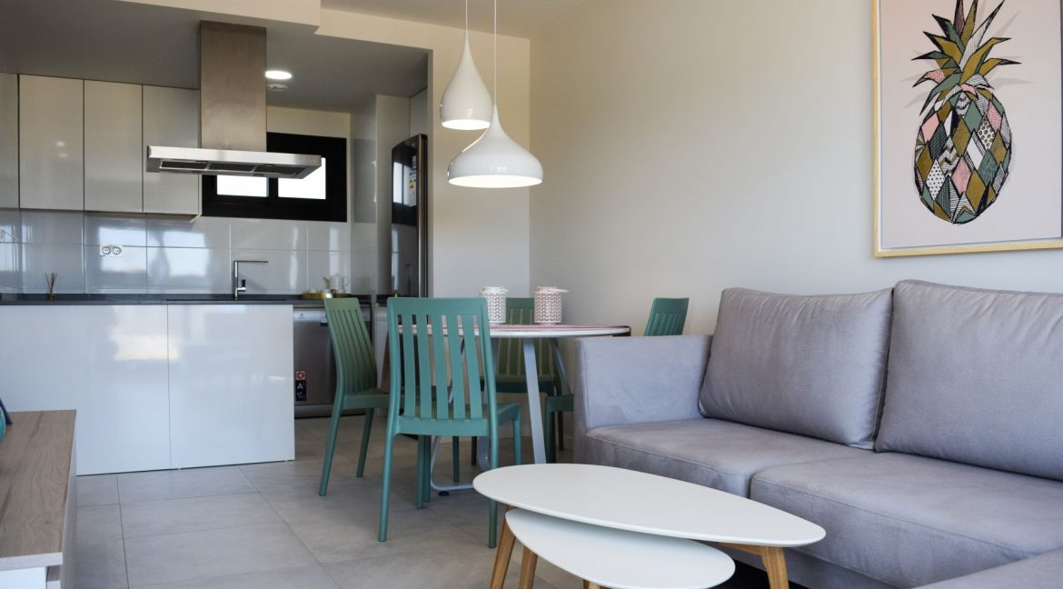 New Build Of 2 And 3 Bedrooms Apartments And Bungalows For Sale On Mil Palmeras Beach, Orihuela Costa (13)
