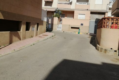 2 Bedrooms Apartment For Sale with Community Pool in Torrevieja (1)