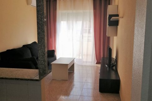 2 Bedrooms Apartment For Sale with Community Pool in Torrevieja (11)