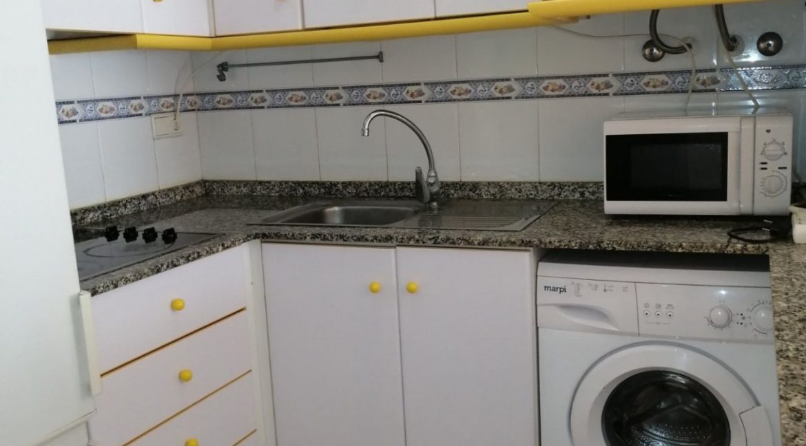 2 Bedrooms Apartment For Sale with Community Pool in Torrevieja (18)