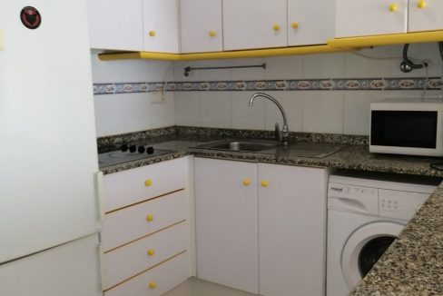 2 Bedrooms Apartment For Sale with Community Pool in Torrevieja (19)