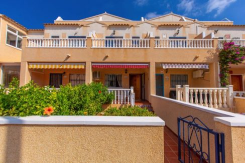 2 Bedrooms Townhouse For Sale in Punta Prima Torrevieja (10)