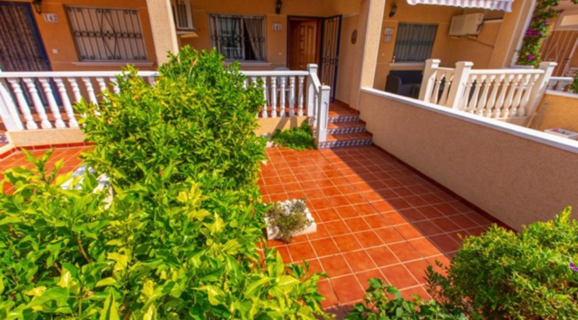 2 Bedrooms Townhouse For Sale in Punta Prima Torrevieja (11)