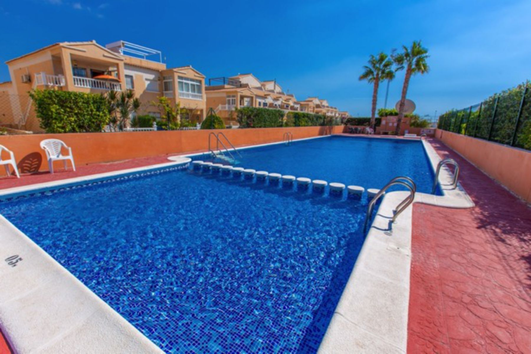 2 Bedrooms Townhouse For Sale in Punta Prima Torrevieja