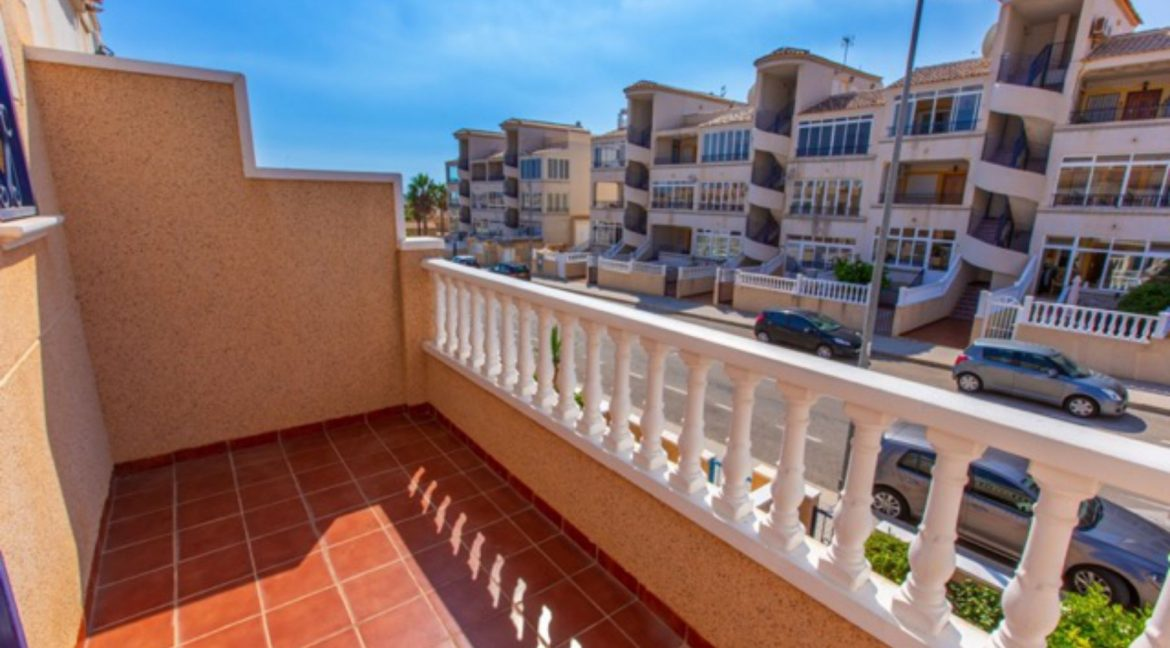2 Bedrooms Townhouse For Sale in Punta Prima Torrevieja (3)