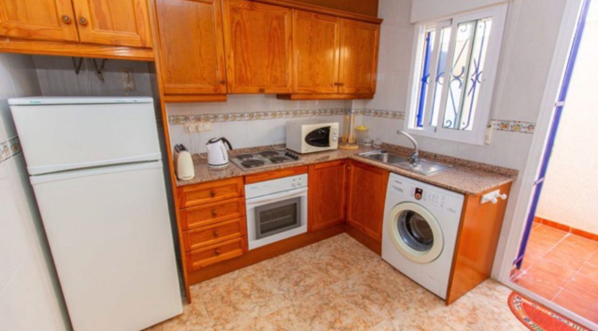 2 Bedrooms Townhouse For Sale in Punta Prima Torrevieja (7)