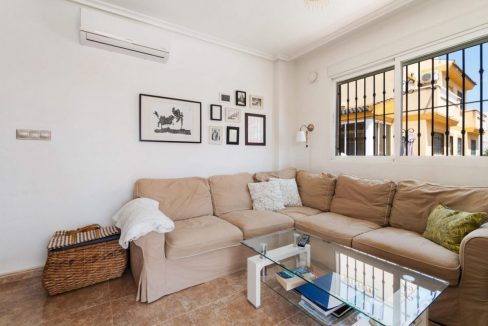 2 Bedrooms Townhouse For Sale in Torrevieja 139.000 € (38)