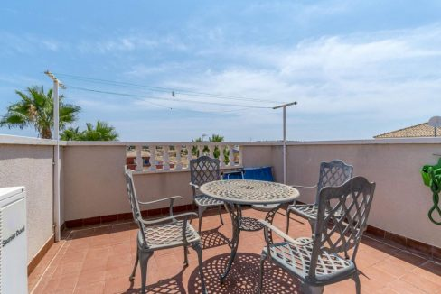 2 Bedrooms Townhouse For Sale in Torrevieja 139.000 € (51)