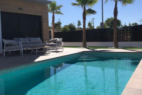 New Build Independent 3 Bedrooms Villas With Private Swimming Pool In Benijofar (44)
