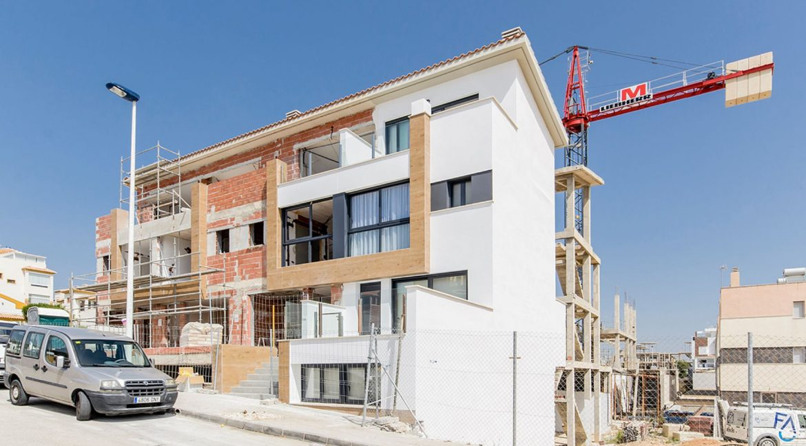 New Build Semi-detached Houses Close to Guardamar Beach (27)