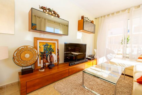 2 Bedrooms Townhouse For Sale With Sea View In Villamartin (47)