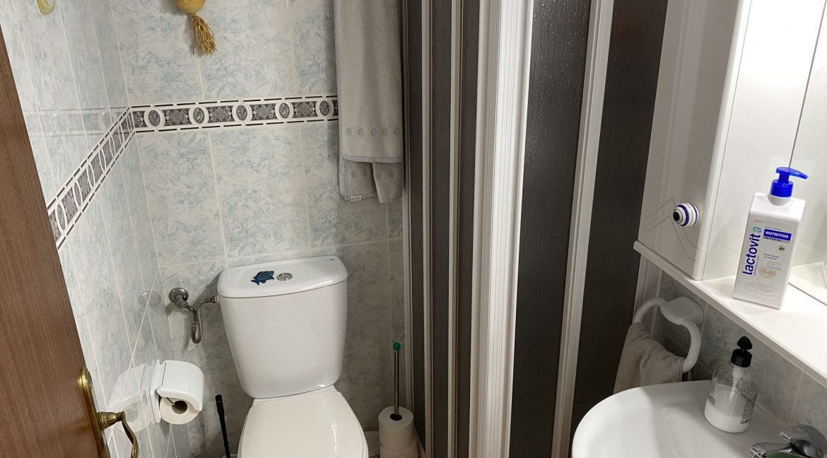 3 Bedrooms Apartment For Sale With Sea View In Torrevieja (18)