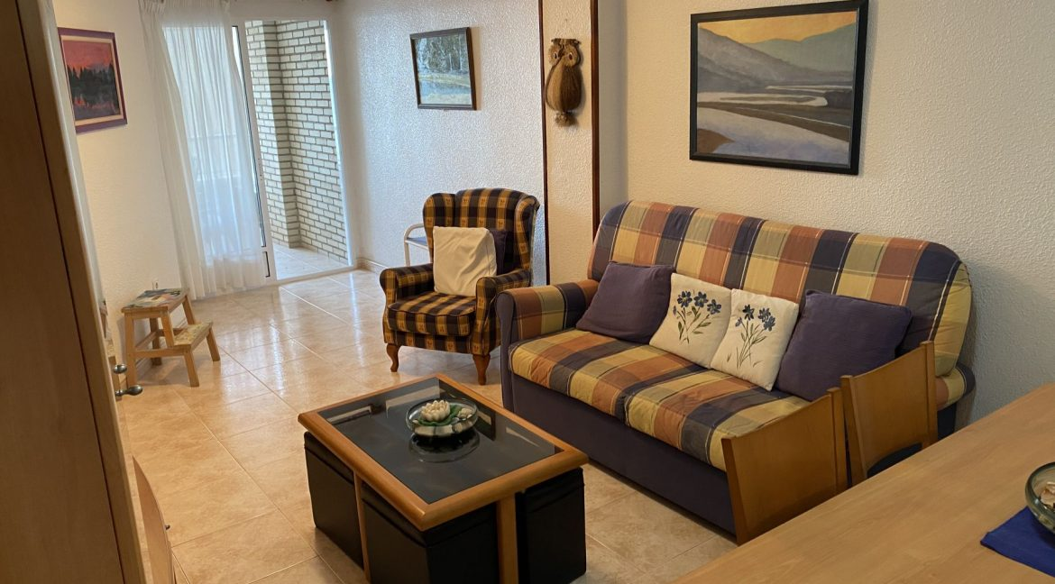 3 Bedrooms Apartment For Sale With Sea View In Torrevieja (27)