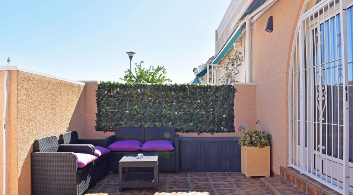 2 Bedrooms Bungalow For Sale Next to the Nature Reserve in La Siesta (4)