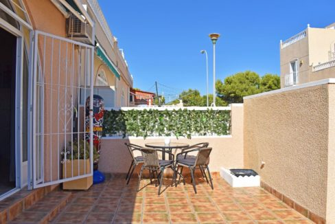 2 Bedrooms Bungalow For Sale Next to the Nature Reserve in La Siesta (5)