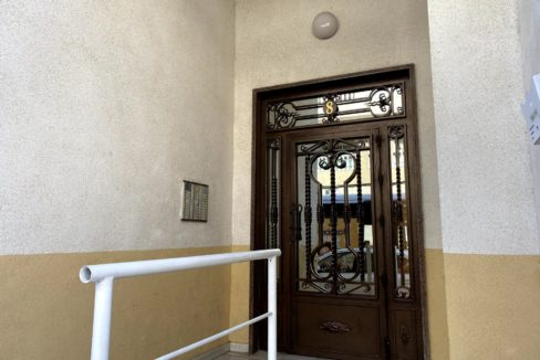 Sunny One Bedroom Penthouse For Sale In Torrevieja With Swimming Pool (17)