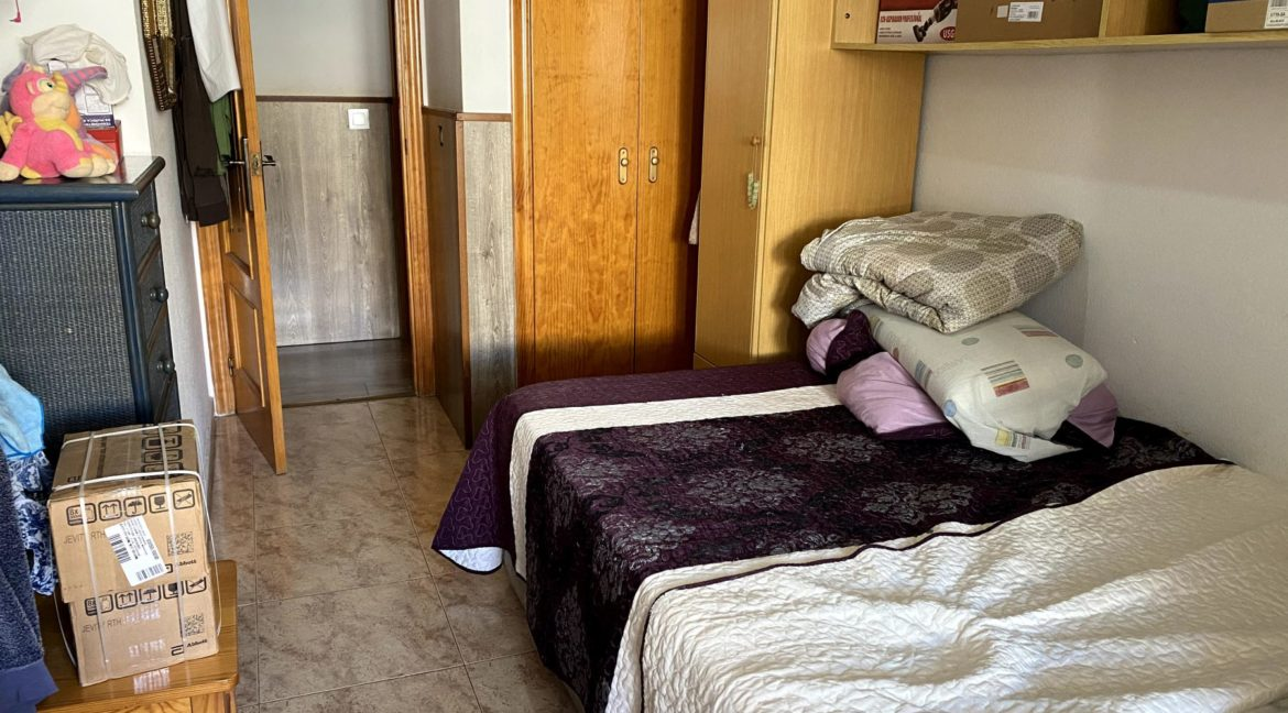 Sunny One Bedroom Penthouse For Sale In Torrevieja With Swimming Pool (25)