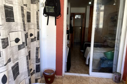 Sunny One Bedroom Penthouse For Sale In Torrevieja With Swimming Pool (28)