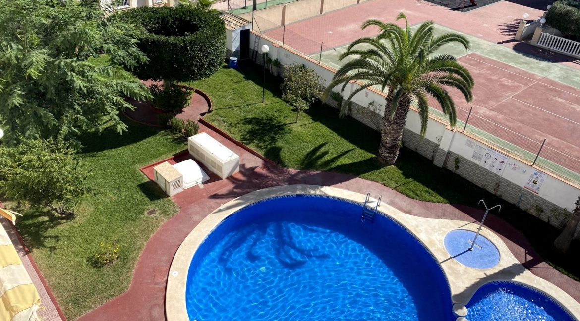 Sunny One Bedroom Penthouse For Sale In Torrevieja With Swimming Pool (35)