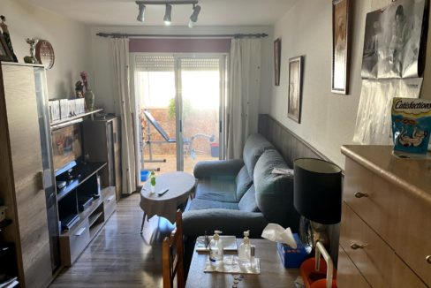 Sunny One Bedroom Penthouse For Sale In Torrevieja With Swimming Pool (4)