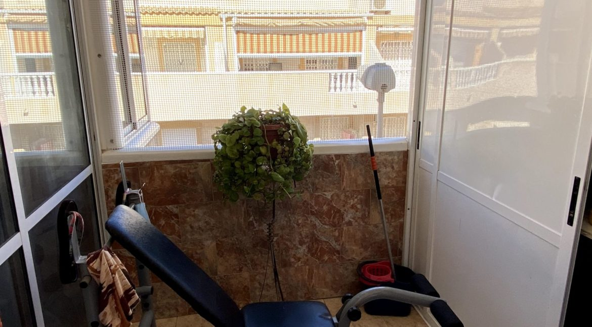 Sunny One Bedroom Penthouse For Sale In Torrevieja With Swimming Pool (9)