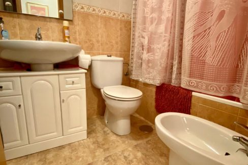 2 Bedrooms Apartment For Sale Just 50 Meters From Acequion Beach Torrevieja (10)