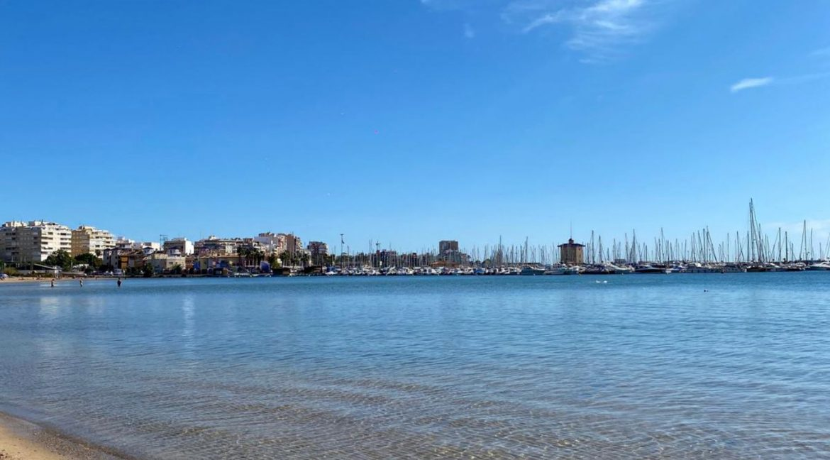 2 Bedrooms Apartment For Sale Just 50 Meters From Acequion Beach Torrevieja (14)