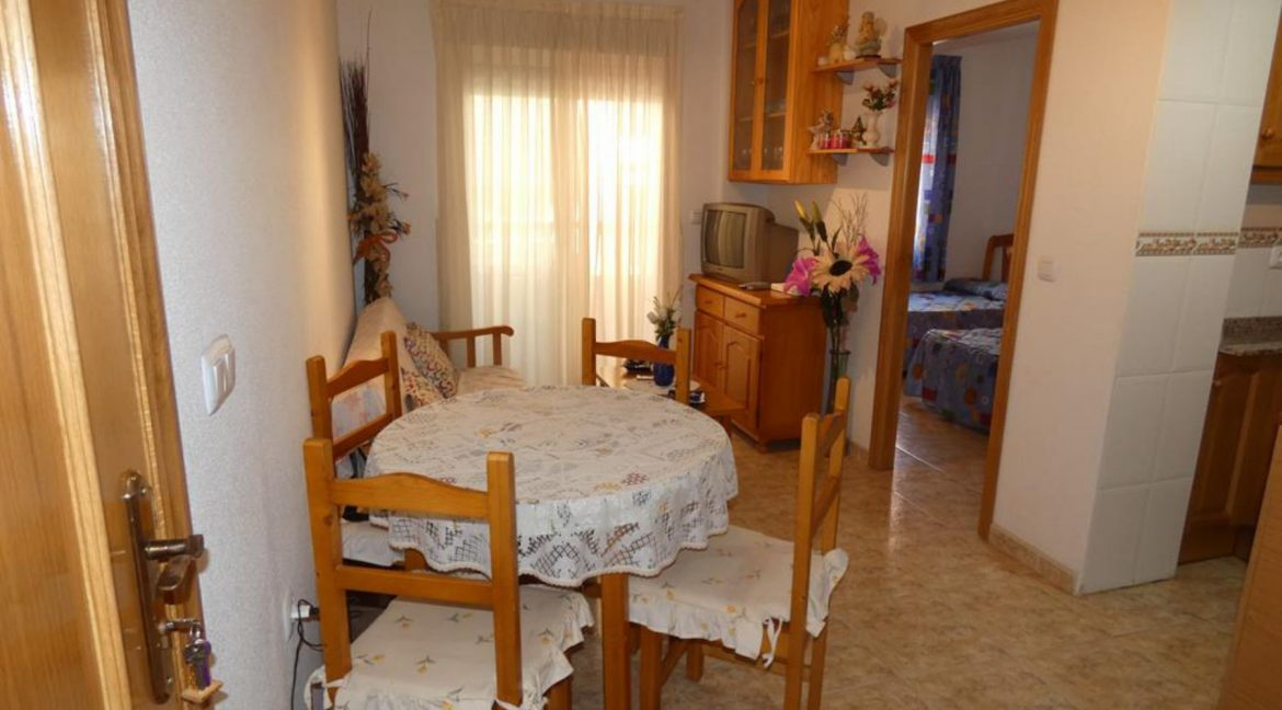 2 Bedrooms Apartment For Sale Just 50 Meters From Acequion Beach Torrevieja (20)
