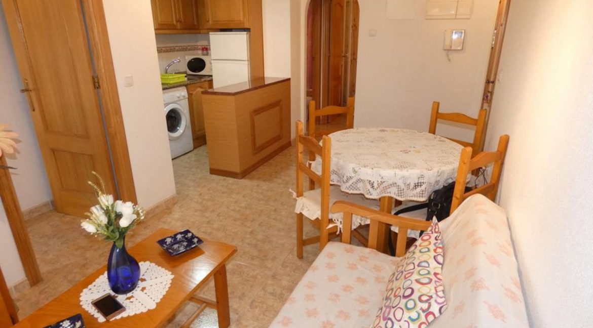 2 Bedrooms Apartment For Sale Just 50 Meters From Acequion Beach Torrevieja (21)