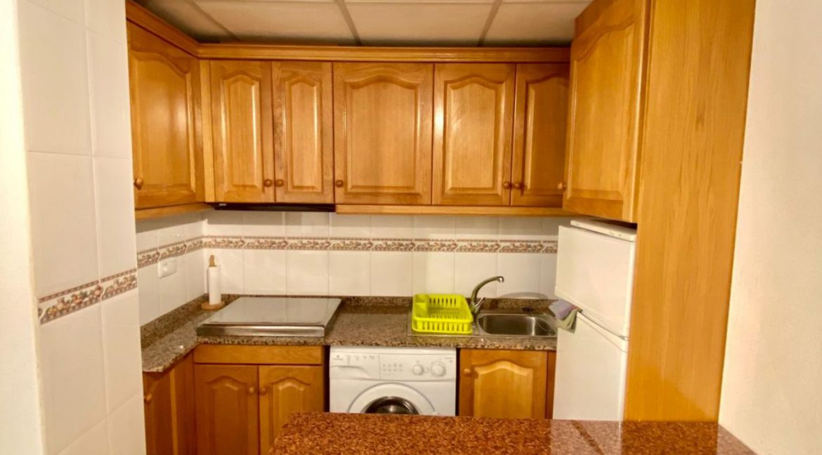 2 Bedrooms Apartment For Sale Just 50 Meters From Acequion Beach Torrevieja (4)