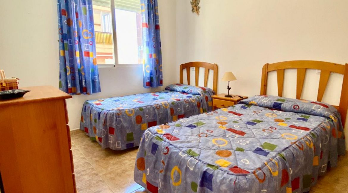 2 Bedrooms Apartment For Sale Just 50 Meters From Acequion Beach Torrevieja (5)
