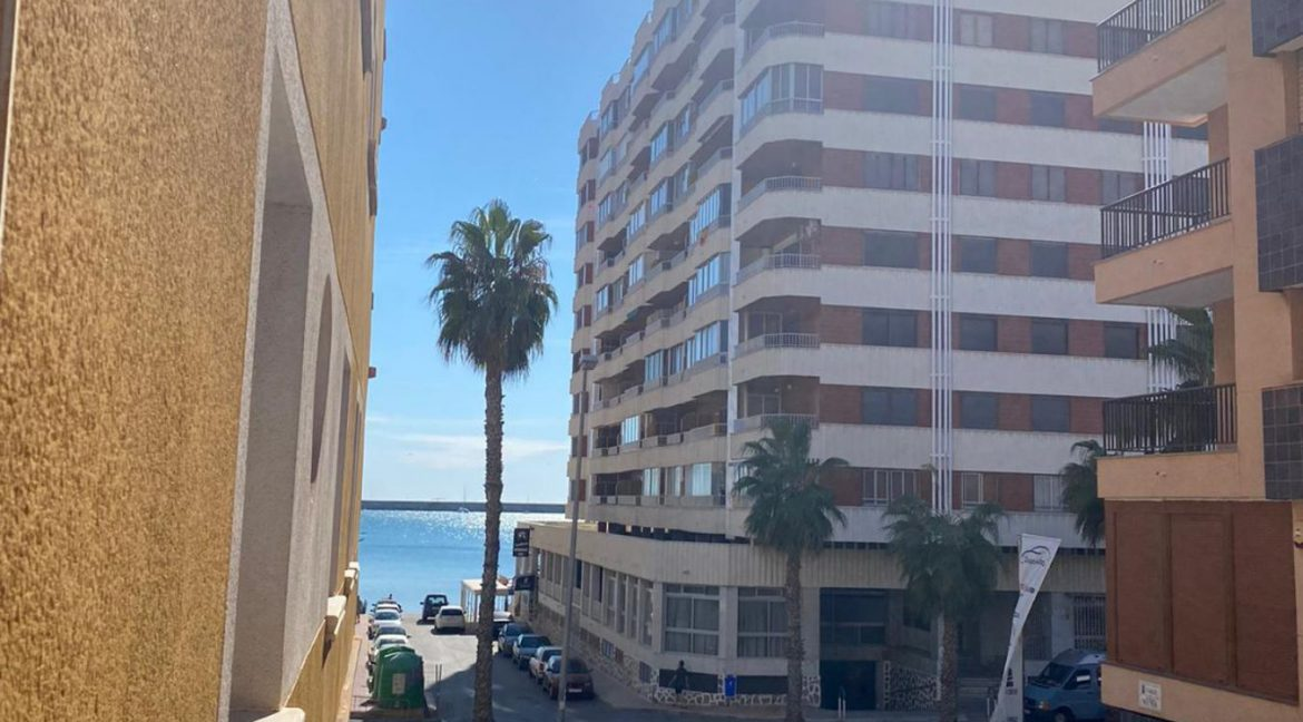 2 Bedrooms Apartment For Sale Just 50 Meters From Acequion Beach Torrevieja (7)