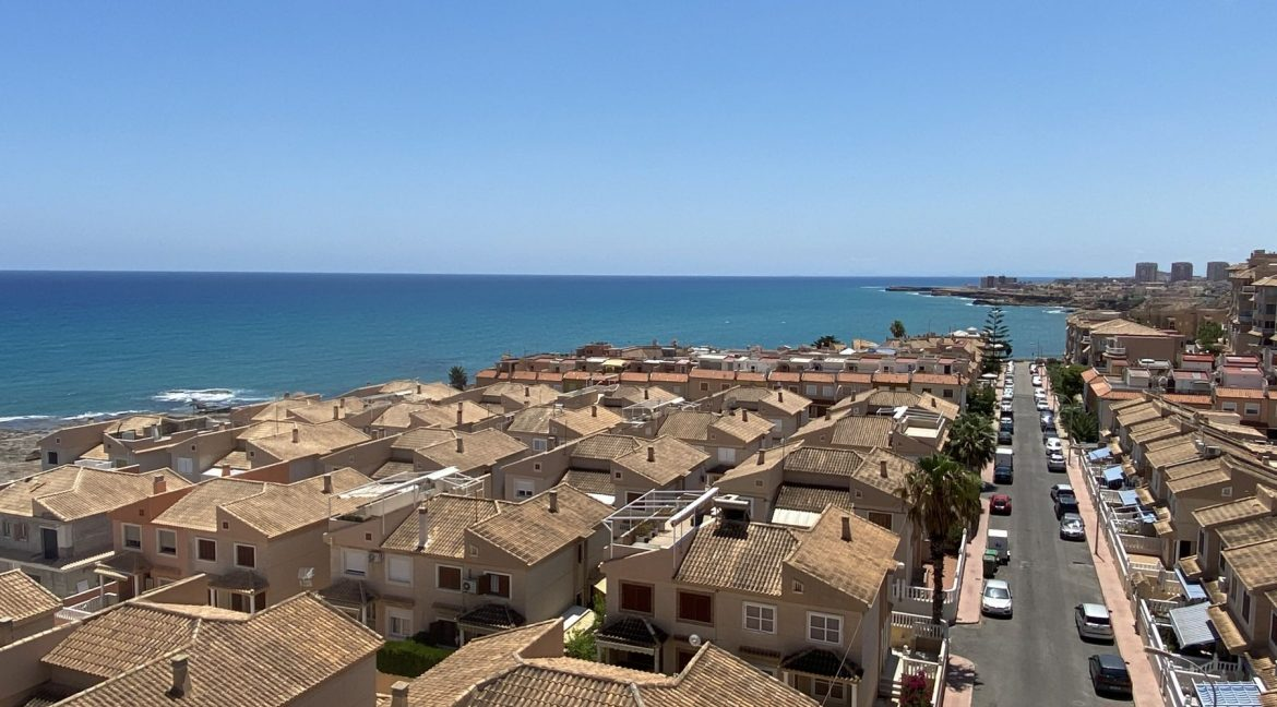 2 Bedrooms Apartment For Sale Just One Step From The Sea In Cabo Cervera (24)