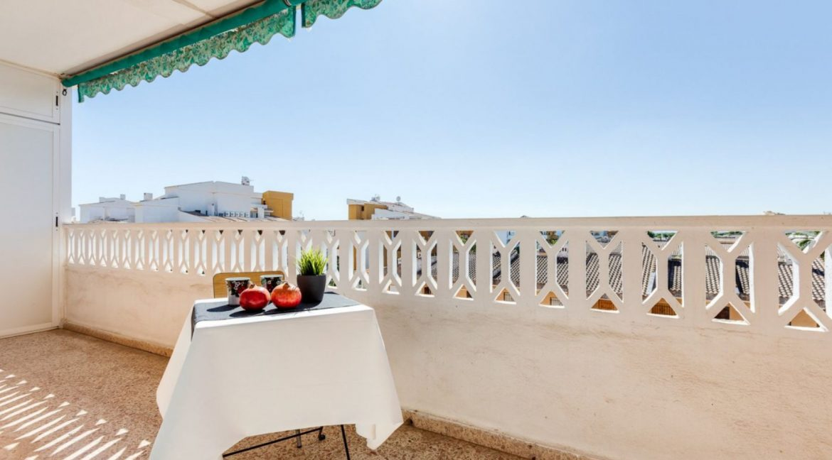 2 Bedrooms Apartment For Sale in Punta Prima Beach with Sunny Terrace (11)