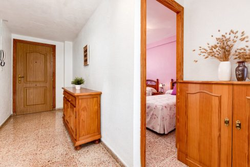 2 Bedrooms Apartment For Sale in Punta Prima Beach with Sunny Terrace (16)